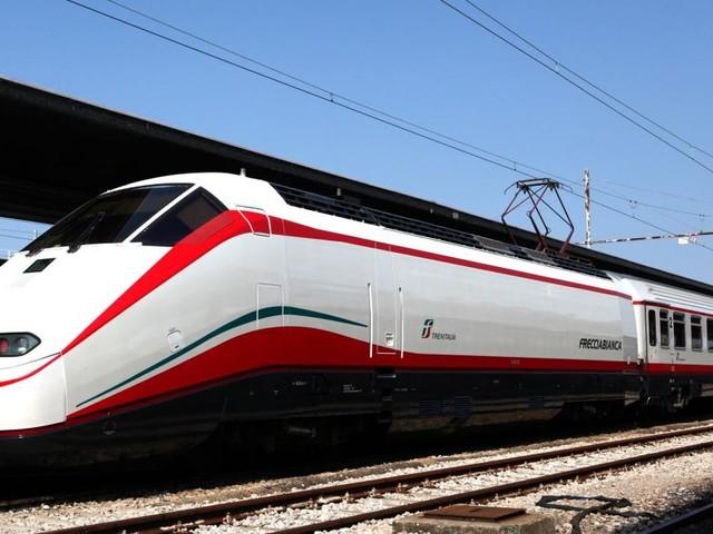Assunzioni Ferrovie di Stato per diplomati e laureati: domande online dal 20 al 30 agosto