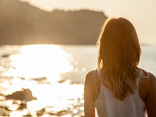 Consigli dermatologici per preparare la pelle all'esposizione solare