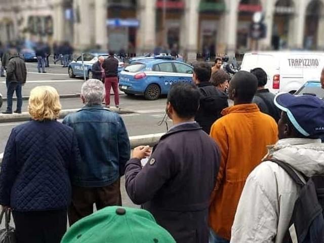 Accoltella uomo alla gola durante una lite sul bus, inseguito ed arrestato
