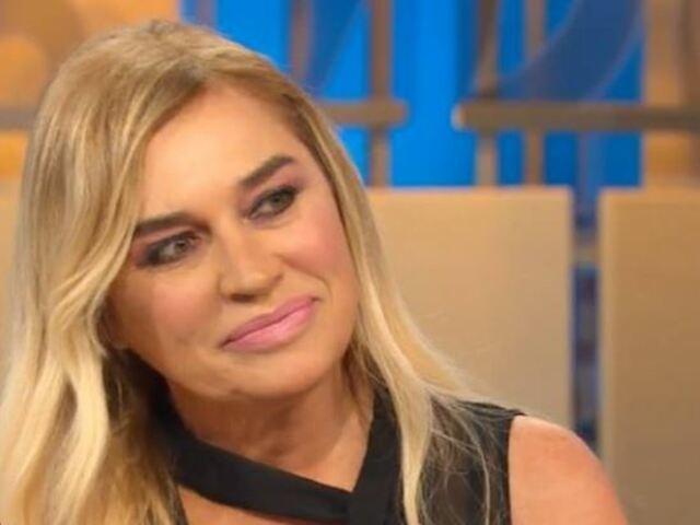 """Lory Del Santo commossa a La Vita in Diretta: """"Ho sognato Loren, è accanto a me"""""""