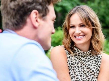Tempesta d'amore, anticipazioni tedesche: JESSICA si innamora di HENRY!