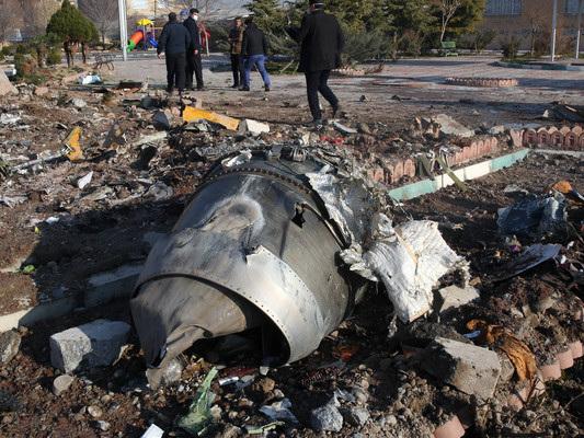 Dal raid su Baghdad all'aereo abbattuto, una lunga notte di bugie