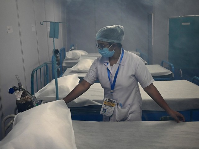 Covid India, oltre 200mila contagi in 24 ore: mai così tanti
