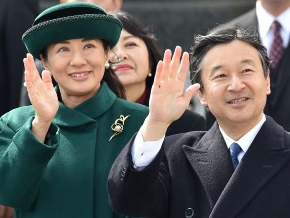 Imperatrice Masako, il trono ti fa bella. L'ex principessa triste (finalmente) sorride
