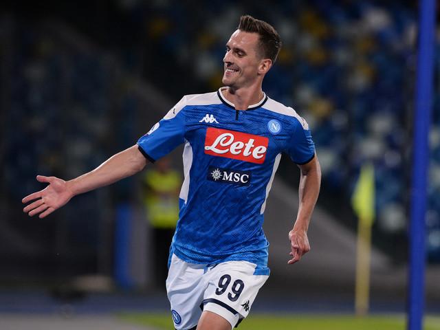 Calcio, 'Resurrezione' Milik e il Napoli torna a vincere: Verona ko
