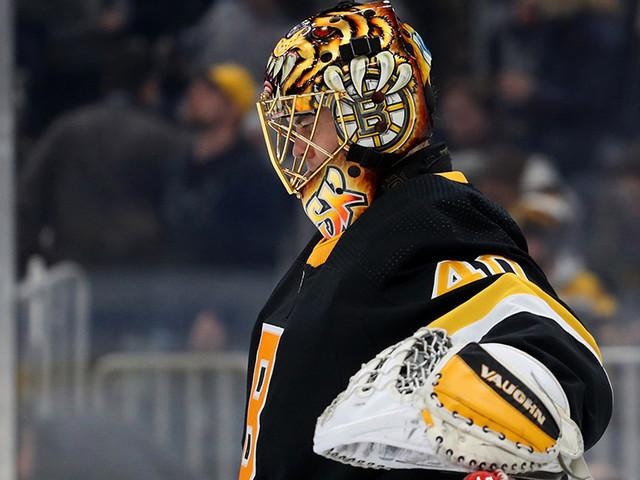 Blackhawks Beat Bruins 4-3 In OT