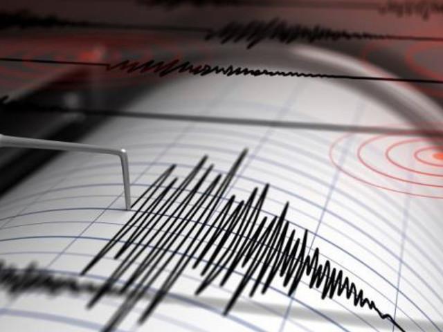 ++ ULTIM'ORA ++ Terremoto Firenze, serie di scosse fanno tremare il centro Italia: avvertite dalla popolazione