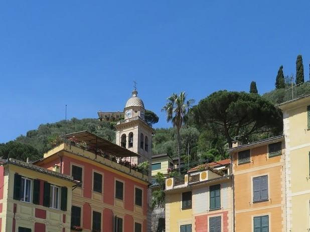 Tappeto Rosso sulla pedonale da Rapallo a Portofino