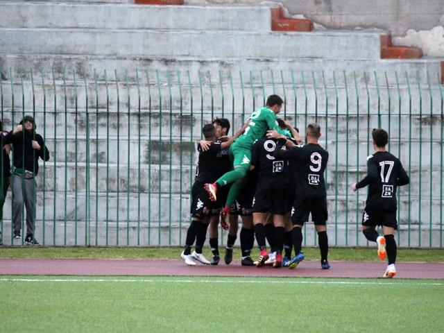 """Serie D, Bari-Troina 1-0: vittoria """"sporca"""" dei biancorossi nel turno infrasettimanale"""