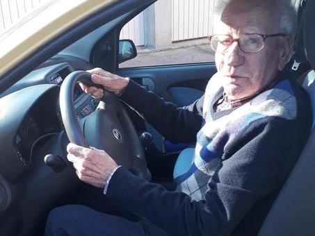 Vilfrido, patente rinnovata a 89 anni: ?Cinque test con un simulatore comandato?