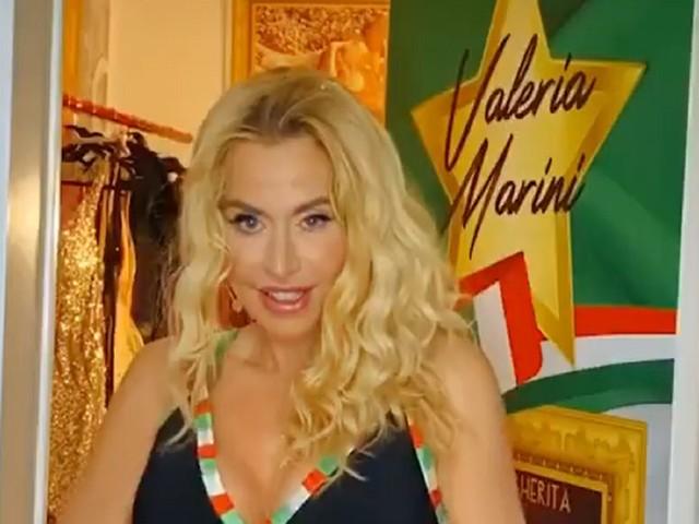 "Valeria Marini beve uova crude a ""Supervivientes"" e si intossica in diretta tv"