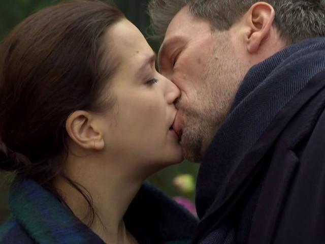Tempesta d'amore, anticipazioni italiane: Eva salva Christoph da Xenia… e lo bacia!