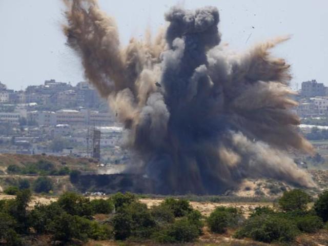 Hamas lancia razzi su Israele, Tel Aviv risponde con raid su Gaza
