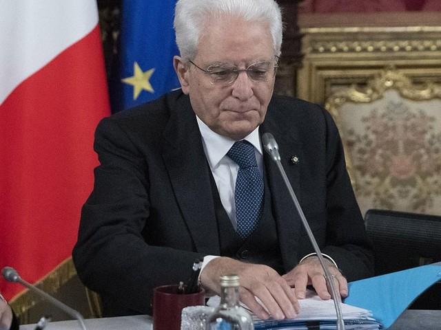 """Mattarella: """"I morti in missione un vincolo morale per continuare nell'impegno in aree di conflitti"""""""