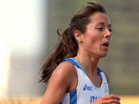 L'ex maratoneta Maura Viceconte si è uccisa a 51 anni. È ancora primatista italiana sui 10mila m