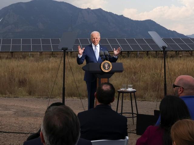 """Stati Uniti, Biden: """"Dai disastri climatici danni per 100 miliardi nel 2021"""""""