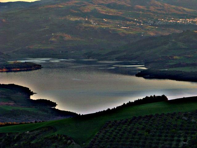 Nella giornata mondiale dell'acqua, l'allarme di Coldiretti Puglia: persi nove litri su dieci di pioggia Rispetto a un anno fa, oltre 71 milioni di metri cubi in meno negli invasi