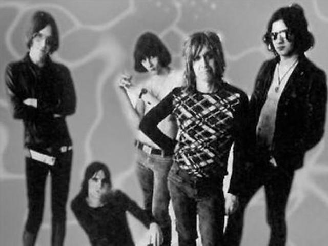 Accadde nel rock, oggi 6 gennaio: Stooges, Dizzy Gillespie, AC/DC, Adriano Celentano, Paolo Conte, Syd Barrett