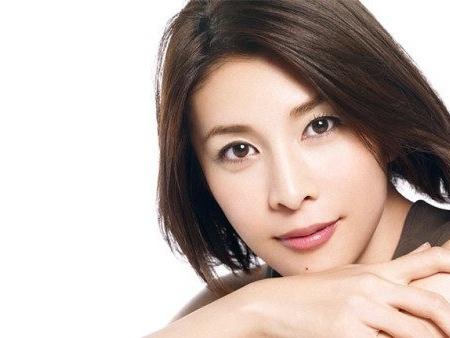 Il suicidio di Takeuchi Yuko resta un mistero, aveva un figlio di otto mesi