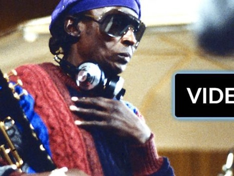 """Miles Davis, abbiamo ascoltato il suo album inedito """"Rubberband"""""""