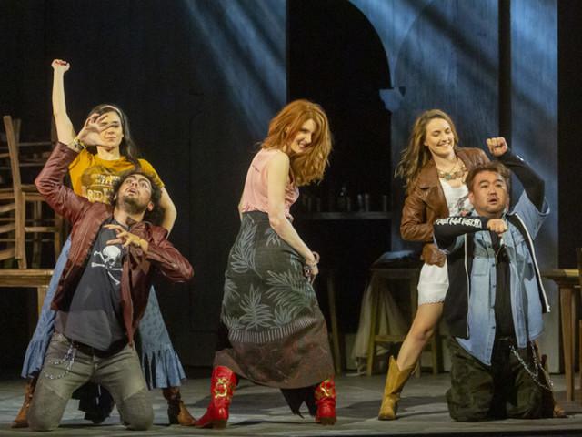 """Jesi: Lirica: dal 18 ottobre """"Madama Butterfly"""", il CircOpera """"Il lato nascosto"""", """"Turandot"""" e """"Carmen"""""""