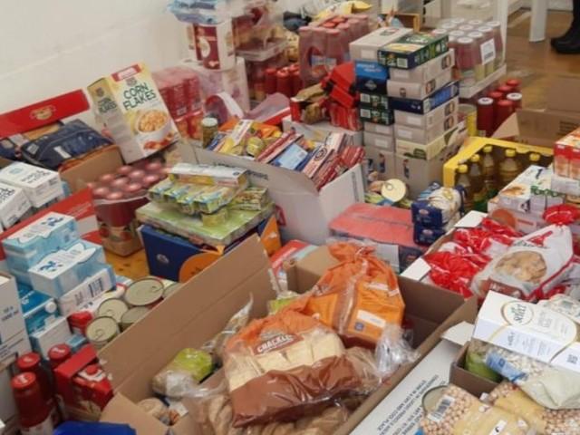 Centro di via Giurgola in piena attività, in tre giorni raccolti 458 pacchi destinati ai più bisognosi