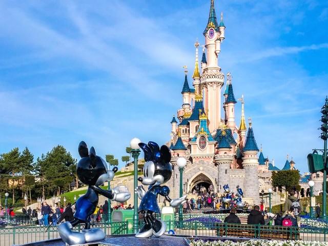 Parchi divertimento nel mondo: come si preparano per il 2021
