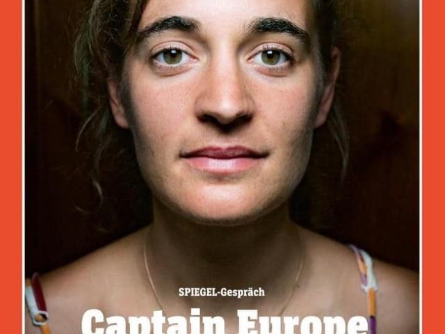 """La Meloni: """"Carola Rackete eroina di chi vuole trasformare l'Italia nel campo profughi d'Europa"""""""