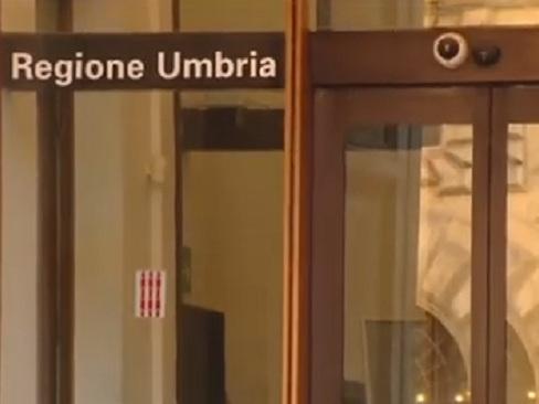Umbria, inchiesta sulla sanità travolge il Pd: due arresti