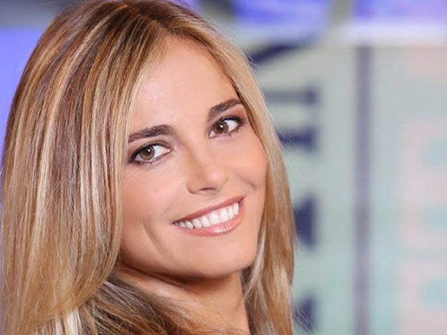 """Francesca Fialdini racconta le vacanze italiane con """"In viaggio con lei"""""""