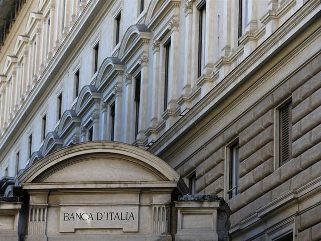 """Banche, ricavi in ripresa E Bankitalia è """"tutta d'oro"""""""