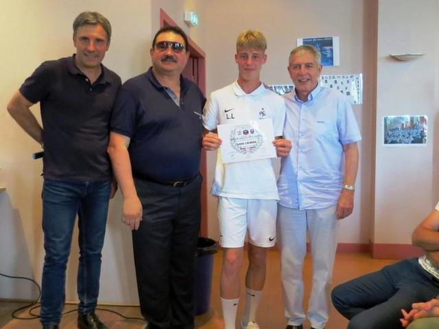 Calciomercato Juventus, possibile sfida al Barcellona per l'enfant prodigé Lacroix