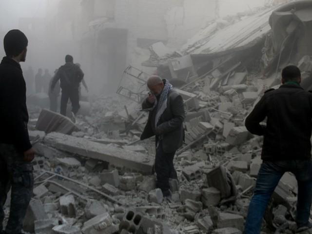 Erdogan bombarda le truppe di Assad che entrano a Afrin. Strage di civili a Goutha: 300 vittime, tantissimi bambini