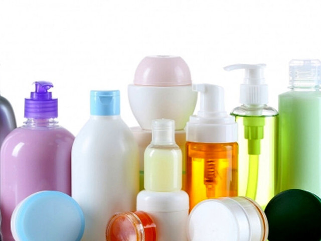 Ingredienti dannosi nei cosmetici: ecco quelli da evitare