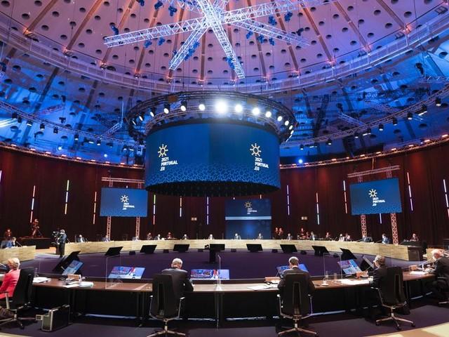 Al vertice di Oporto, l'Europa sociale resta in secondo piano