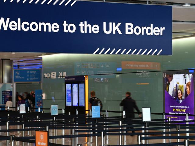 Il caso degli italiani fermati, detenuti ed espulsi dalla Gran Bretagna come migranti illegali
