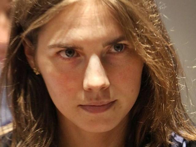"""Amanda Knox nella bufera: il web insorge contro di lei: """"Indimenticabile studio all'estero in Italia"""""""