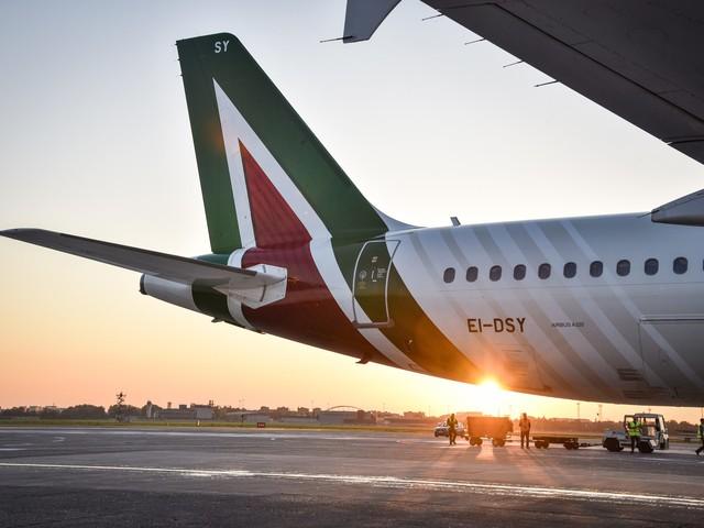 Alitalia, cassa integrazione straordinaria per 4mila dipendenti anche a causa del coronavirus