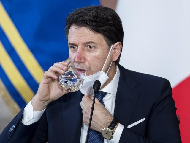 L'intervento di Mattarella sblocca la crisi con il Conte ter e un nuovo governo