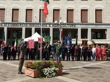 Festa della Repubblica, la cerimonia Le Medaglie conferite, i nomi. Foto-video