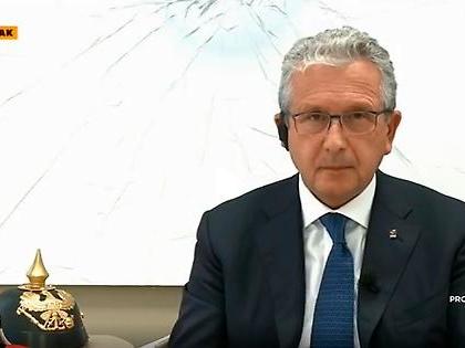 """Gianfranco Librandi ad Omnibus la spara grossissima: """"Abbiamo salvato l'Italia"""", pazzo per Matteo Renzi"""