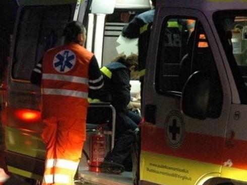 Investito nella notte a Terno d'Isola: muore un 41enne