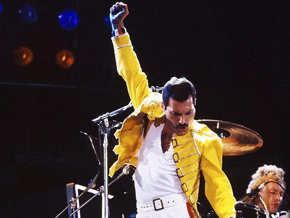 Le ultime ore di Freddie Mercury prima di morire