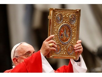 Francesco: è vitale annunciare il Vangelo in tutto il mondo