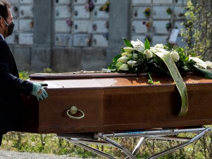 """Quando il ministero """"invitò"""" i pm a non far autopsie sui casi Covid"""