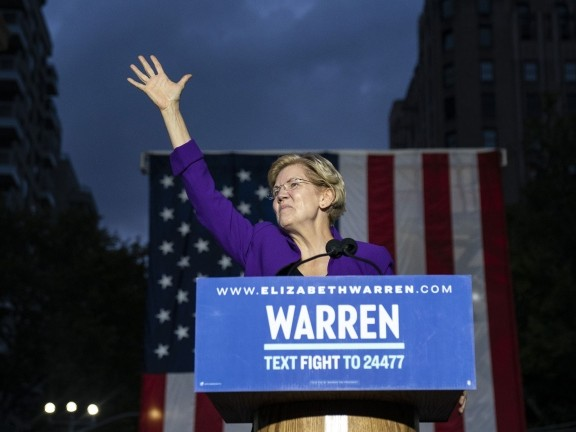 I democratici americani sempre più a sinistra: così Elizabeth Warren continua a crescere