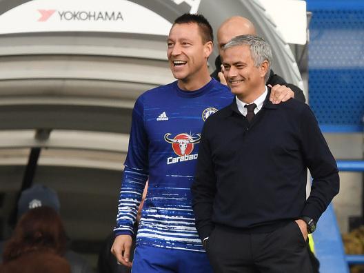 """Terry difende Mourinho: """"Ha fatto bene a lasciare fuori Salah e De Bruyne al Chelsea"""""""