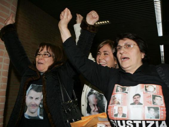 Rogo Thyssen: tribunale dà il via libera all'arresto dei due manager tedeschi, ma questi hanno fatto ricorso
