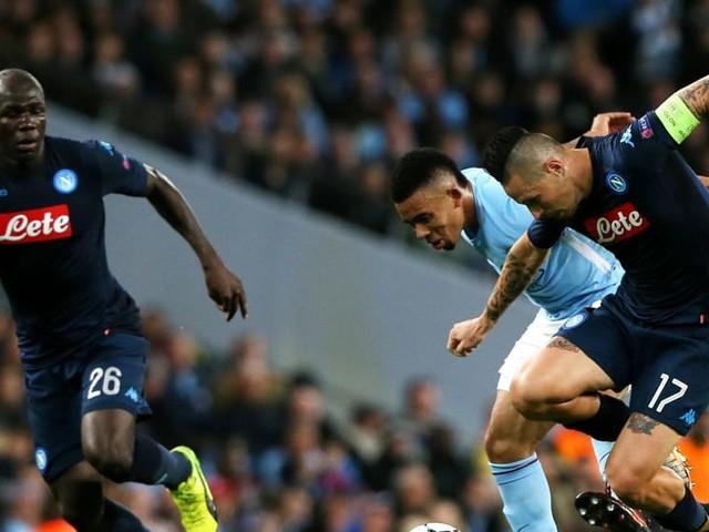 Champions League, Man City-Napoli è record di ascolti. Battute 'Le iene'