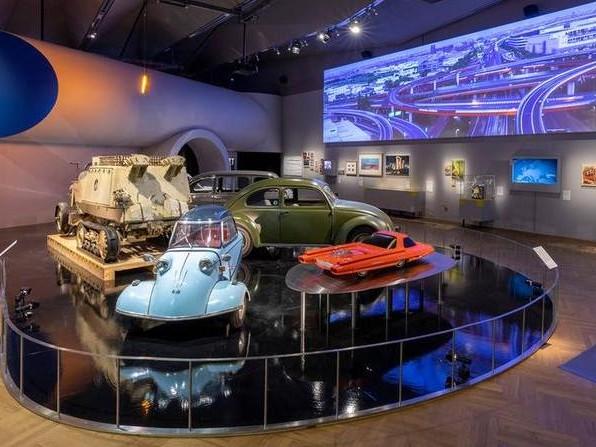 Dalla prima auto a quella volante, la mostra Cars al Victoria & Albert: c'è anche la Multipla